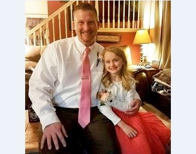Câu chuyện về cô bé 7 tuổi sử dụng mạng xã hội và lời cảnh báo tới bậc phụ huynh