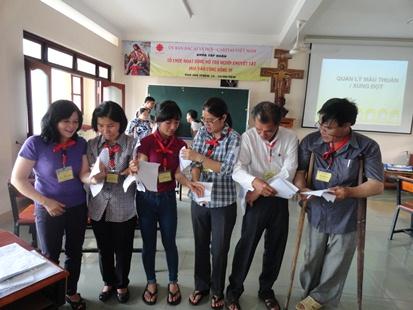 """Khóa tập huấn  """"Tổ chức hoạt động hỗ trợ người khuyết tật dựa vao cộng đồng III"""