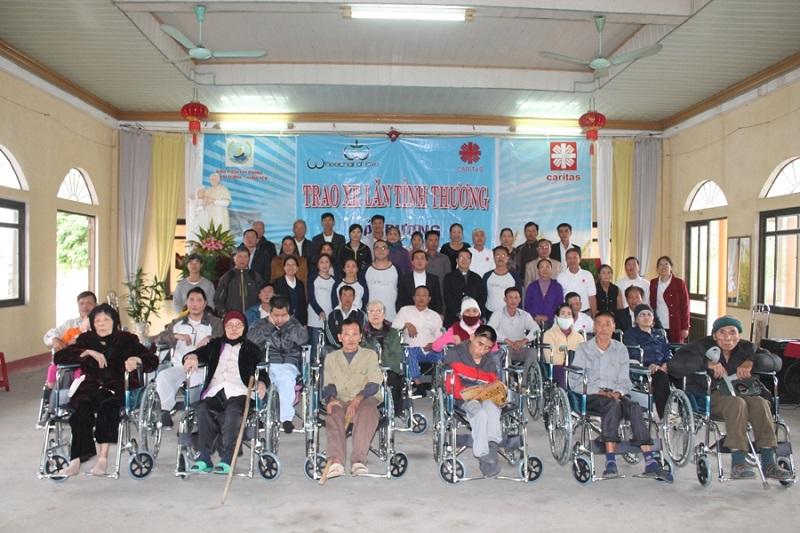 Caritas Hải Phòng và Hội Xe lăn Tình Thương (Hoa Kỳ): Mang niềm vui đến với người khuyết tật