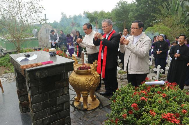 Caritas Huế: ức TGM Giuse cử hành Thánh Lễ cầu cho việc Bảo Vệ Sự Sống