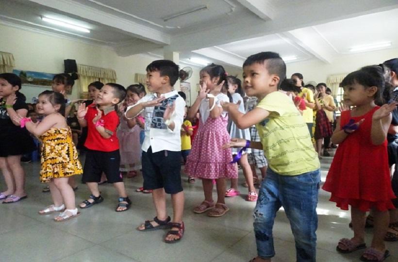 Caritas Hải Phòng: Ngày vui chơi và tặng quà dành cho các trẻ em có hoàn cảnh đặc biệt