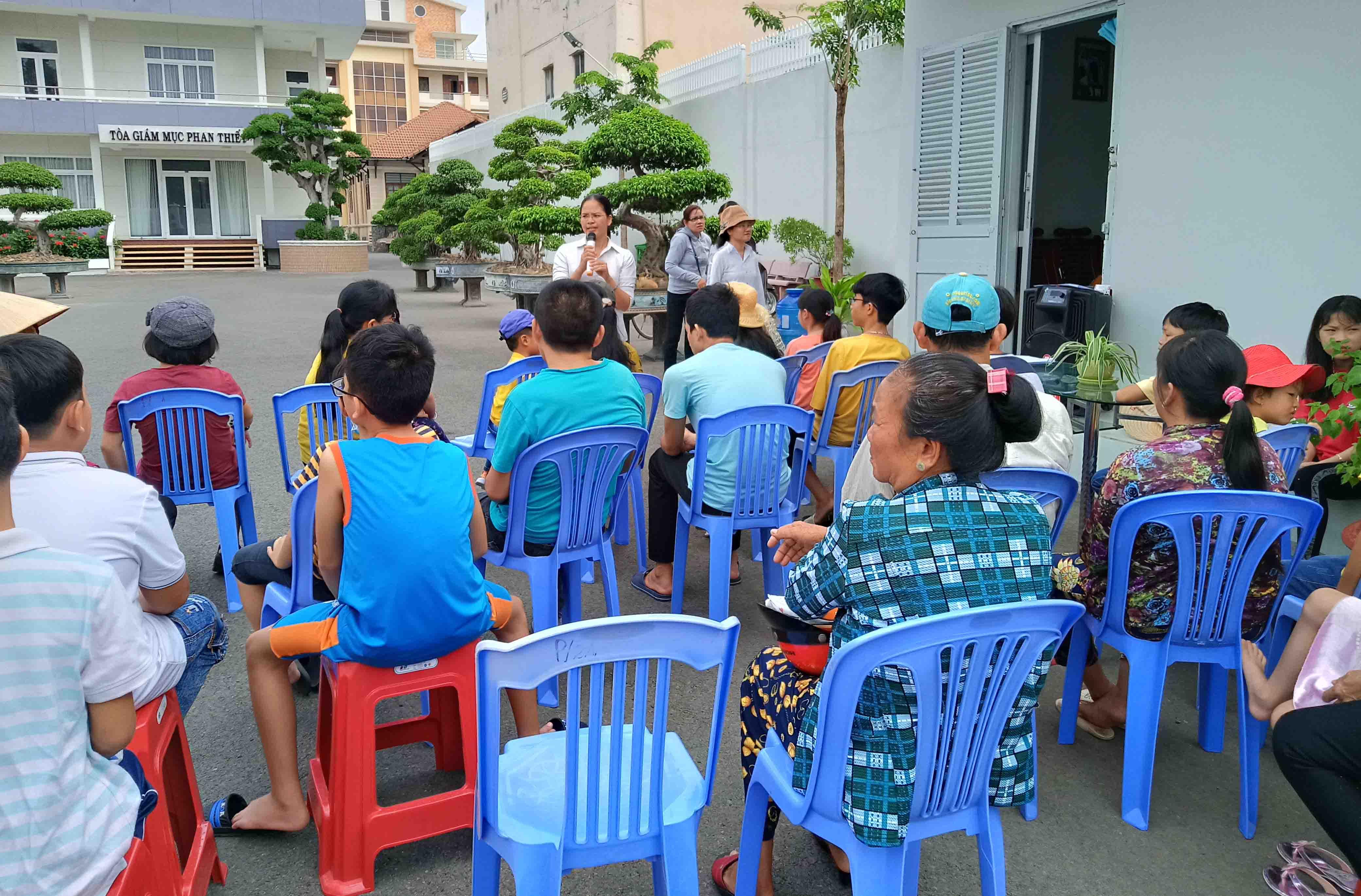 Caritas Phan Thiết: Tổ chức vui Trung Thu cho trẻ OVC - Trẻ khiếm thị