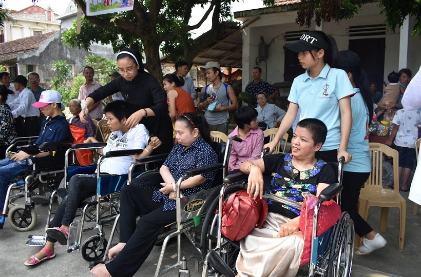 Caritas Hà Nội: Trung Thu với các em thiếu nhi có hoàn cảnh đặc biệt