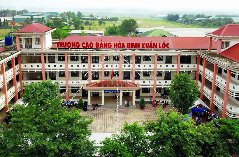 Trường Cao đẳng Hòa Bình Xuân Lộc:Trao bằng tốt nghiệp khóa VI, khai giảng năm học 2019-2020