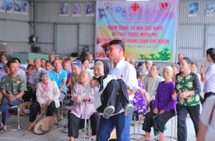 Caritas Hải Phòng: Khám và Phát Thuốc Miễn Phí cho Người Có Hoàn Cảnh Khó Khăn tại Giáo xứ Thúy Lâm