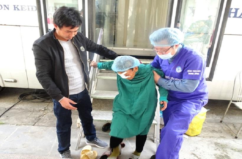 Caritas Hải Phòng: Chương trình mổ mắt thay thủy tinh thể đục miễn phí cho những người có hoàn cảnh khó khăn tại Hải Dương