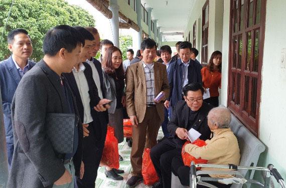 Caritas Hải Phòng: Thăm và trao tặng quà Tết cho các cụ già neo đơn tại Trung tâm nuôi dưỡng bảo trợ xã hội Hải Phòng