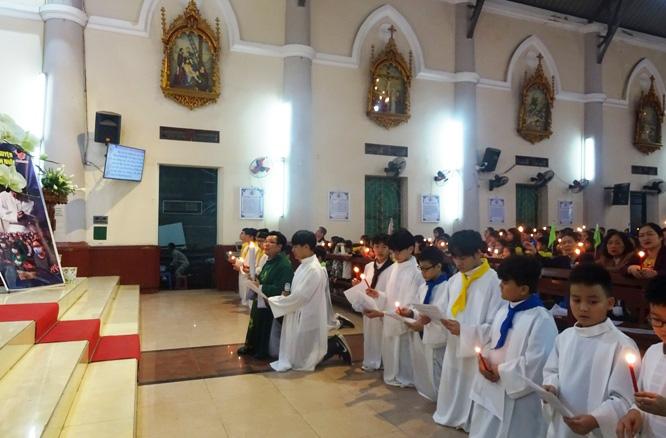 Caritas Hải Phòng và cộng đoàn giáo xứ An Hải cầu nguyện cho các bệnh nhân dịch bệnh Covid-19