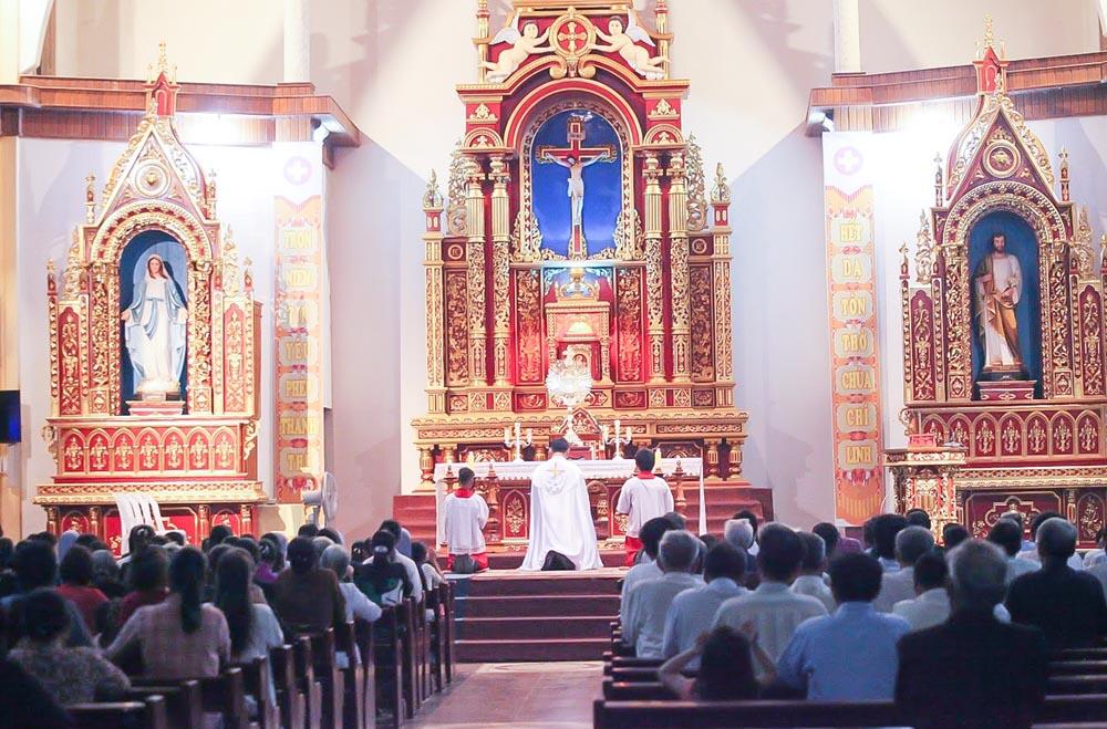 Caritas Hà Tĩnh: Hiệp thông cầu nguyện cho thế giới sớm qua cơn đại dịch Covid - 19