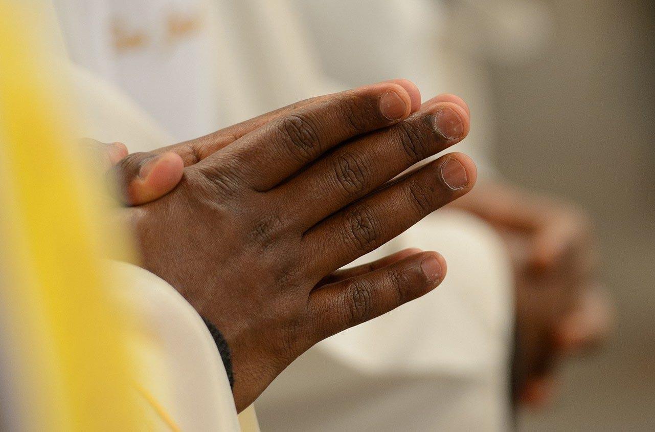 Linh mục tổng giáo phận Panama góp lương tháng cho quỹ bác ái xã hội