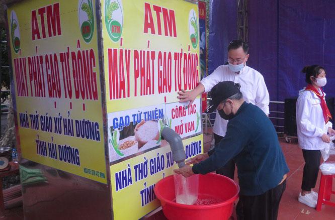Giáo Phận Hải Phòng: Cây ATM Gạo miễn phí trong khuôn viên Giáo xứ Hải Dương