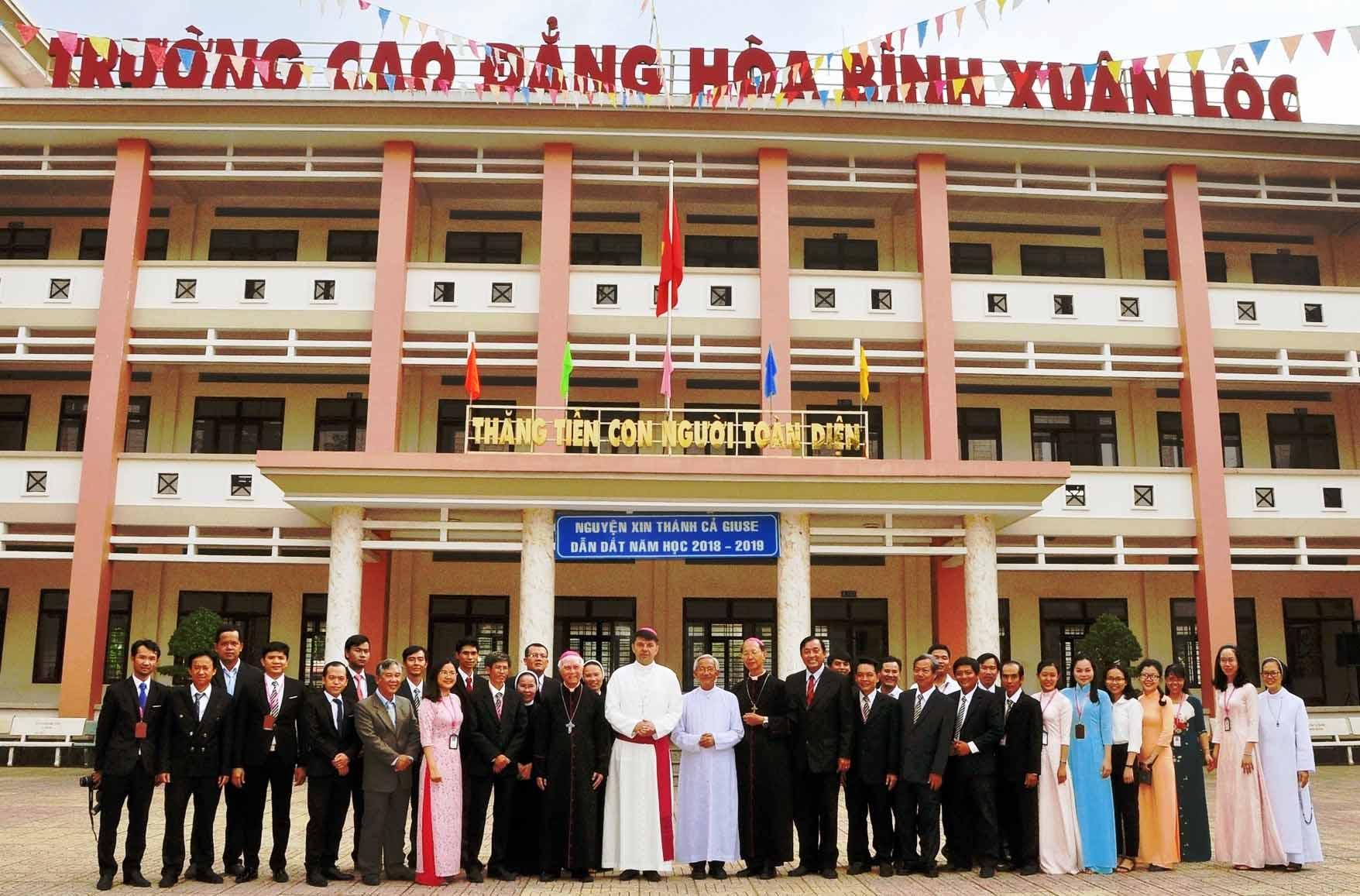 Thư Tuyển sinh năm học 2020-2021 trường Cao đẳng Hòa Bình Xuân Lộc