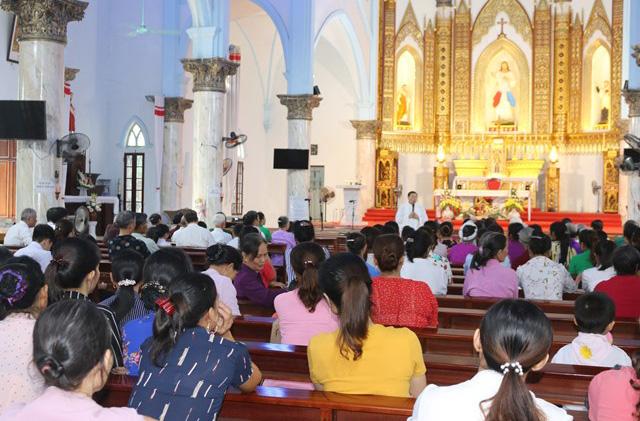Caritas Hưng Hóa: Mừng Lễ Thánh Quan Thầy Vinh Sơn Phaolô Linh Mục