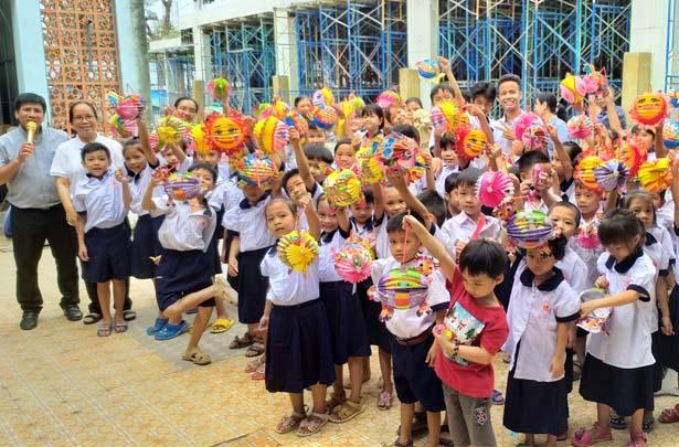 Caritas Sài Gòn: Thắp Sáng Giấc Mơ Trăng Rằm Trung Thu 2020
