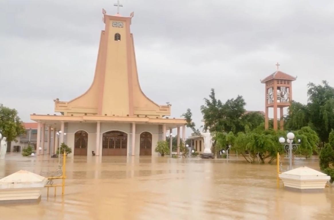 Tình Hình Lũ Lụt Tại Tổng Giáo Phận Huế