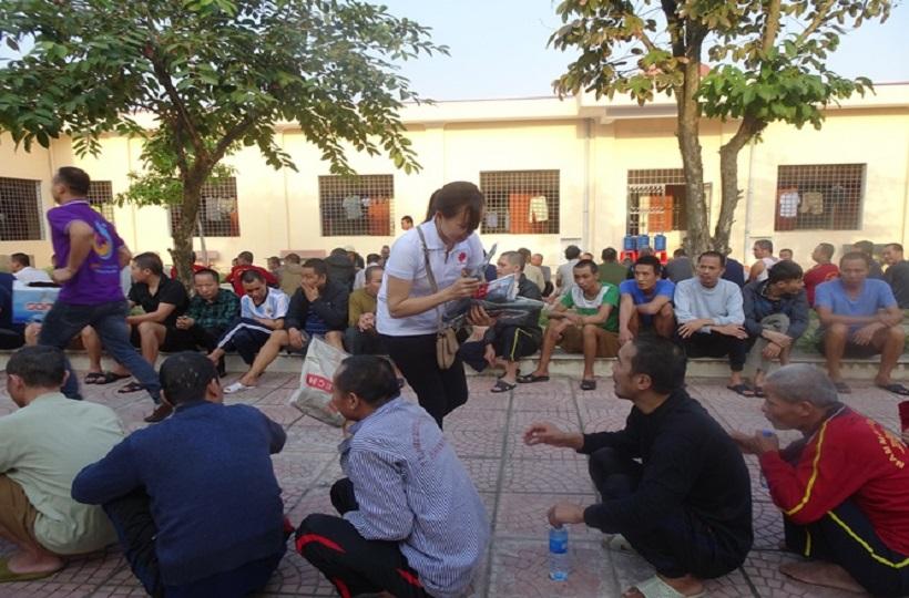 """Caritas Hải Phòng: """"Bữa ăn huynh đệ"""" nhân Ngày thế giới vì Người Nghèo"""