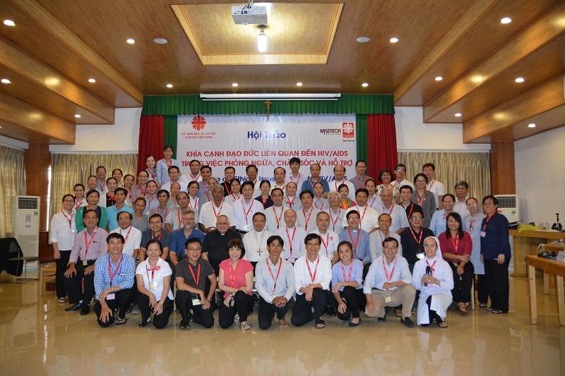 Caritas Việt Nam: Tường thuật ngày thứ nhất - hội thảo về khía cạnh đạo đức liên quan đến HIV/AIDS trong việc phòng ngừa, chăm sóc, và hỗ trợ