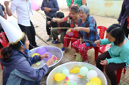 Caritas Đà Lạt: Giáng sinh về với anh chị em bệnh nhân tâm thần