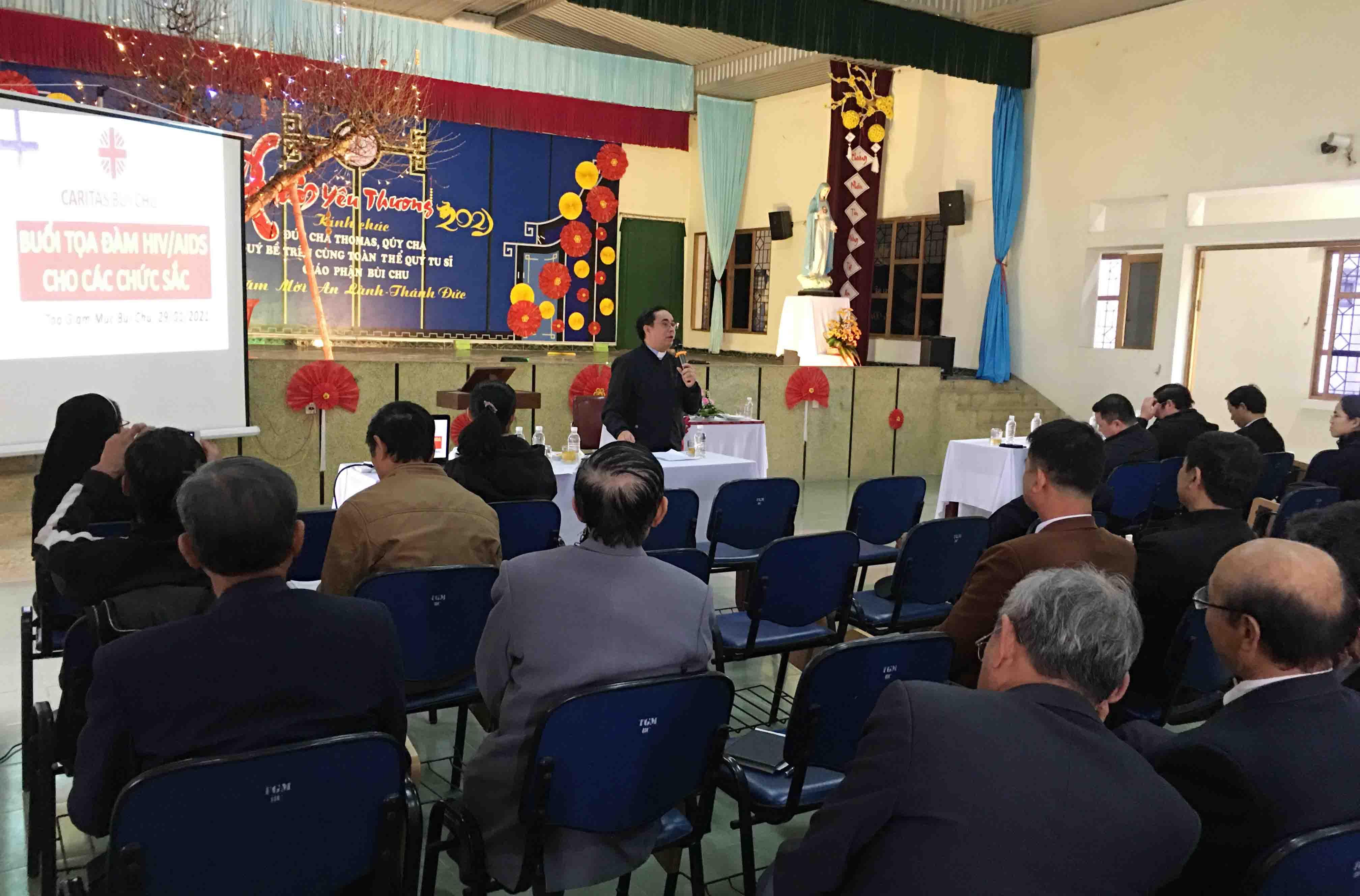 Caritas Bùi Chu: Tổ Chức Diễn Đàn Về HIV/AIDS