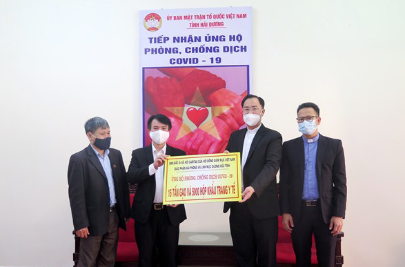 Caritas Việt Nam, Caritas Hải Phòng và giáo xứ Hải Dương chung tay ủng hộ chống dịch Covid-19 tại thành phố Chí Linh