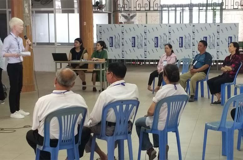Caritas Sài Gòn: Trợ giúp pháp lý cho các bạn khuyết tật câu lạc bộ Vươn Lên