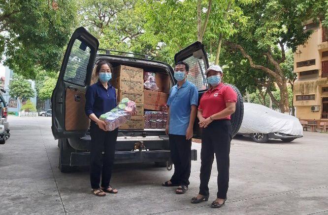 Caritas Hải Phòng: Chia sẻ khó khăn với người dân vùng dịch Giáo phận Bắc Ninh