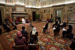Đức Thánh Cha tố giác nền kinh tế tài chánh thiếu đạo đức