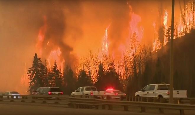 Canada: Cháy rừng lớn chưa từng thấy tại tỉnh British Columbia