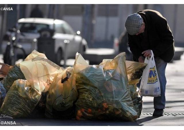 Giải quyết nạn phung phí thực phẩm tại Tây Âu