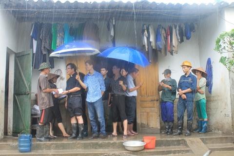 Caritas Hải Phòng tiếp tục cứu trợ tại Cẩm Phả - Quảng Ninh