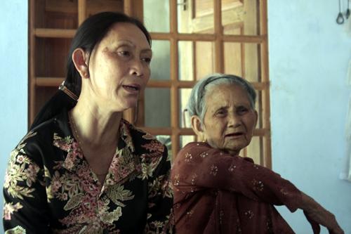 Người đàn bà trở về sau 22 năm bị bán sang Trung Quốc