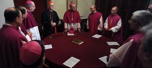 207 Hồng y họp chuẩn bị mật nghị bầu tân Giáo Hoàng