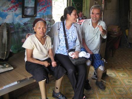Chuyến công tác của ban Hỗ trợ người khuyết tật Caritas Việt nam tại Caritas Hải Phòng