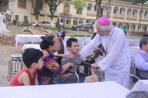Trên 600 người khuyết tật dự thánh lễ dành cho người Khuyết Tật Giáo phận Bắc Ninh