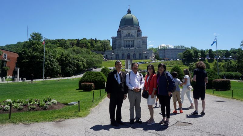 Hành hương Đền Thánh Giuse ở Montreal - Canada