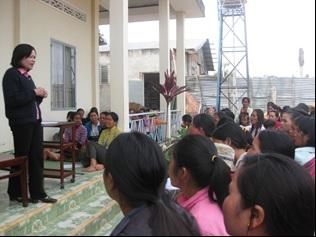 Tập huấn HIV/AIDS tại giáo xứ Nam Ban và tập huấn sức khỏe tại giáo họ B'Dor