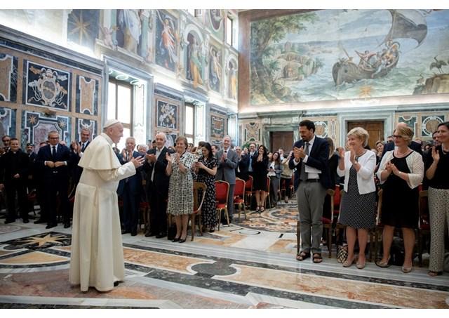 Đức Thánh Cha cổ võ sinh sản tại Italia