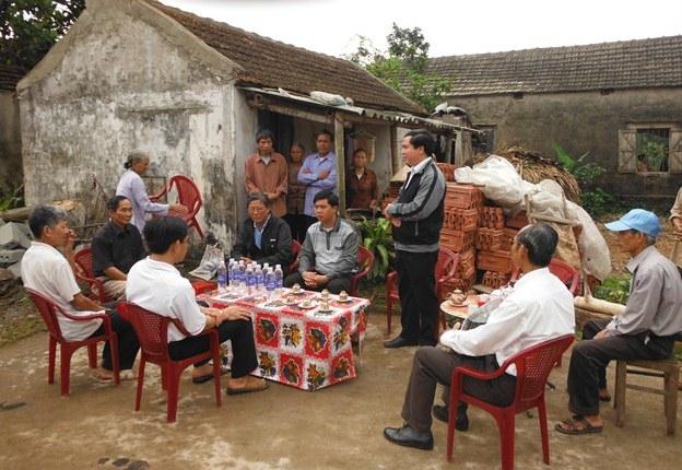 Caritas Bùi Chu khởi công xây lại nhà cho 1 gia đình bị ảnh hưởng bởi cơn bão số 8