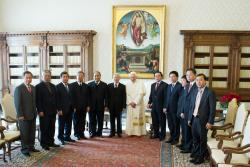 Vietnamese Leader Visits Benedict XVI