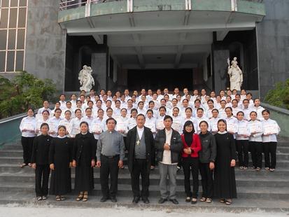 """Caritas Bùi Chu: Lễ Bế Giảng lớp """"kỹ năng sống"""" khóa 2 và khóa 3"""