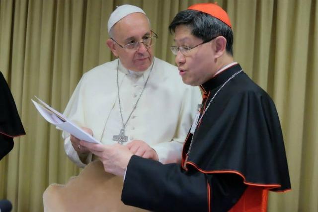 Pope applauds Caritas management standards
