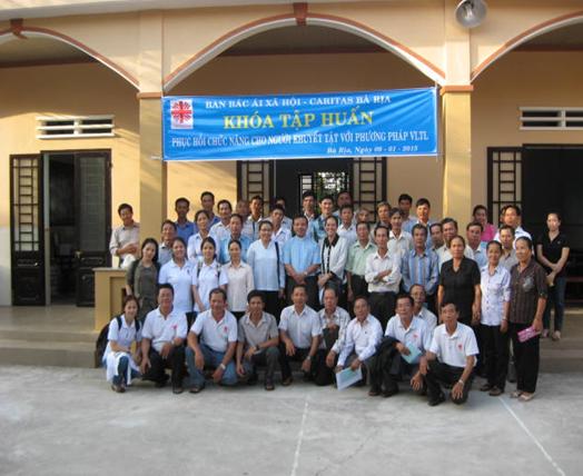 """Caritas Bà Rịa Tổ chức khóa tập huấn """"Phục hồi chức năng cho người khuyết tật"""