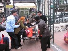 Nhóm Ve Chai Nhân Ái Hải Phòng tổ chức Hội chợ dành cho người có H và người nghèo