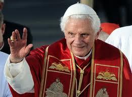 Đức Thánh Cha Biển Đức 16 tuyên bố từ chức