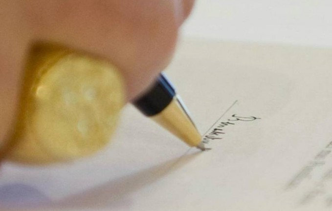 Đức Giáo Hoàng Bênêđíctô thứ 16 ban hành Tự Sắc thay đổi một số điều khoản trong Tông Hiến Universi Dominici Gregis