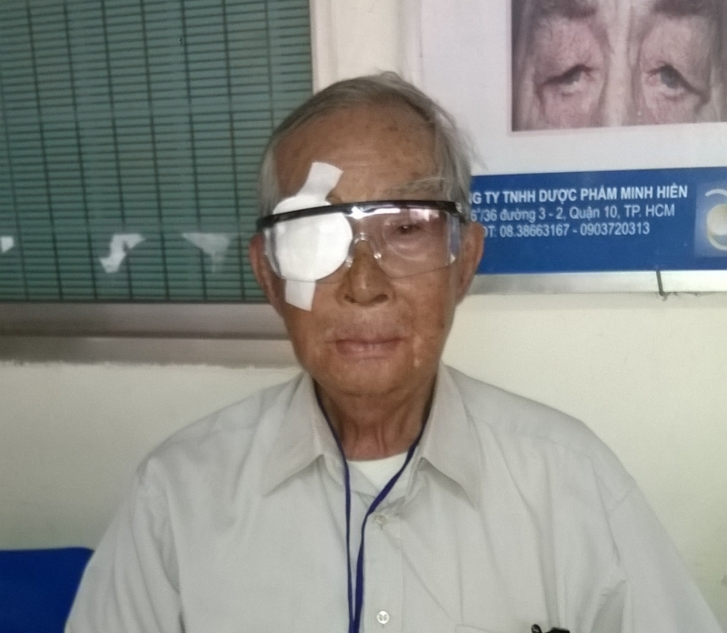 Phẫu thuật mắt miễn phí cho bệnh nhân nghèo