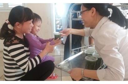 """Caritas Hải Phòng: """"Bữa ăn ân nghĩa"""" phục vụ Bệnh Nhi"""