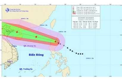 Bão Kalmaegi giật cấp siêu bão tiến nhanh vào biển Đông