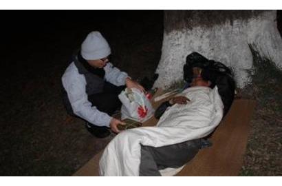 Caritas Hải Phòng trao quà cho người nghèo trong đêm Giao Thừa Ất Mùi 2015
