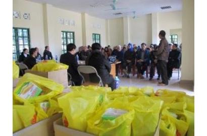 Caritas Hưng Hóa: Chia sẻ niềm vui Giáng sinh với bệnh nhân phong tại Xuân Mai